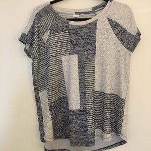 Gap navy and grey top medium